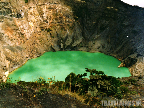 Irazu Groene Krater