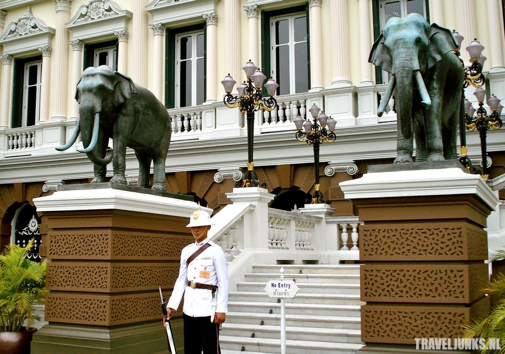 Bangkok paleis schildwacht