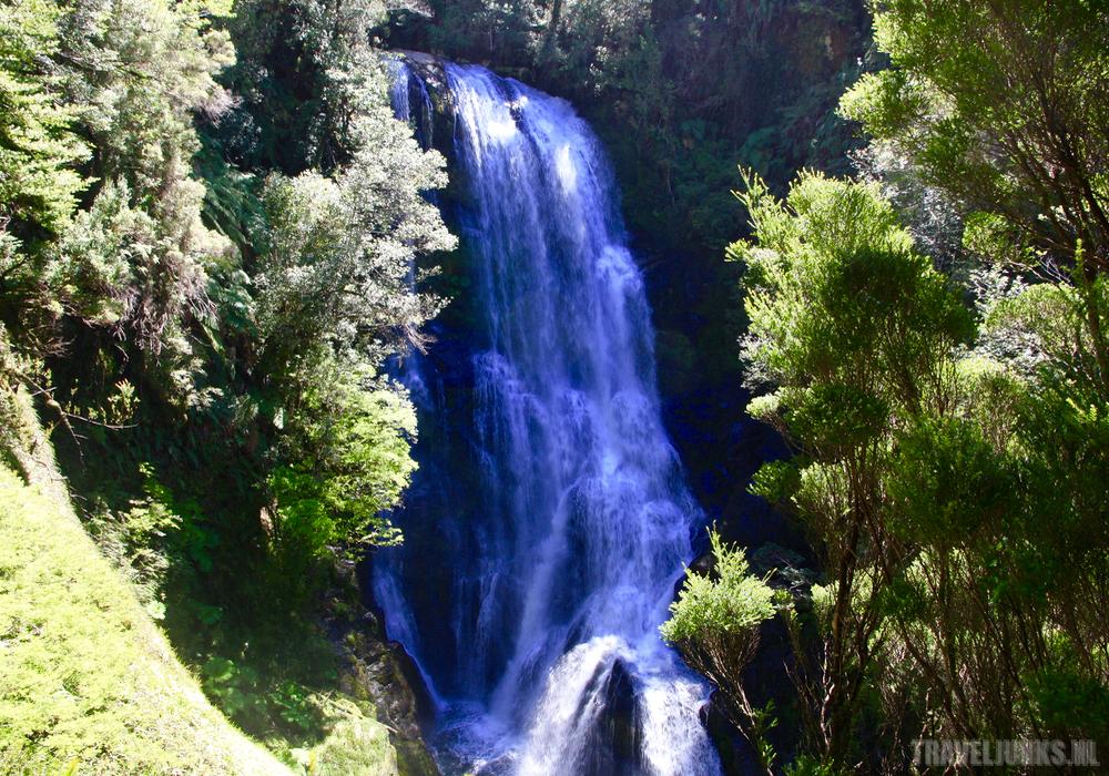 Pumalin waterfall