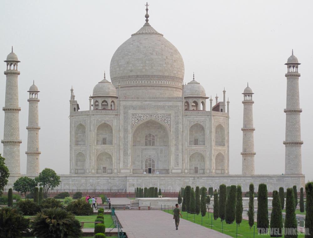 Taj-Mahal building