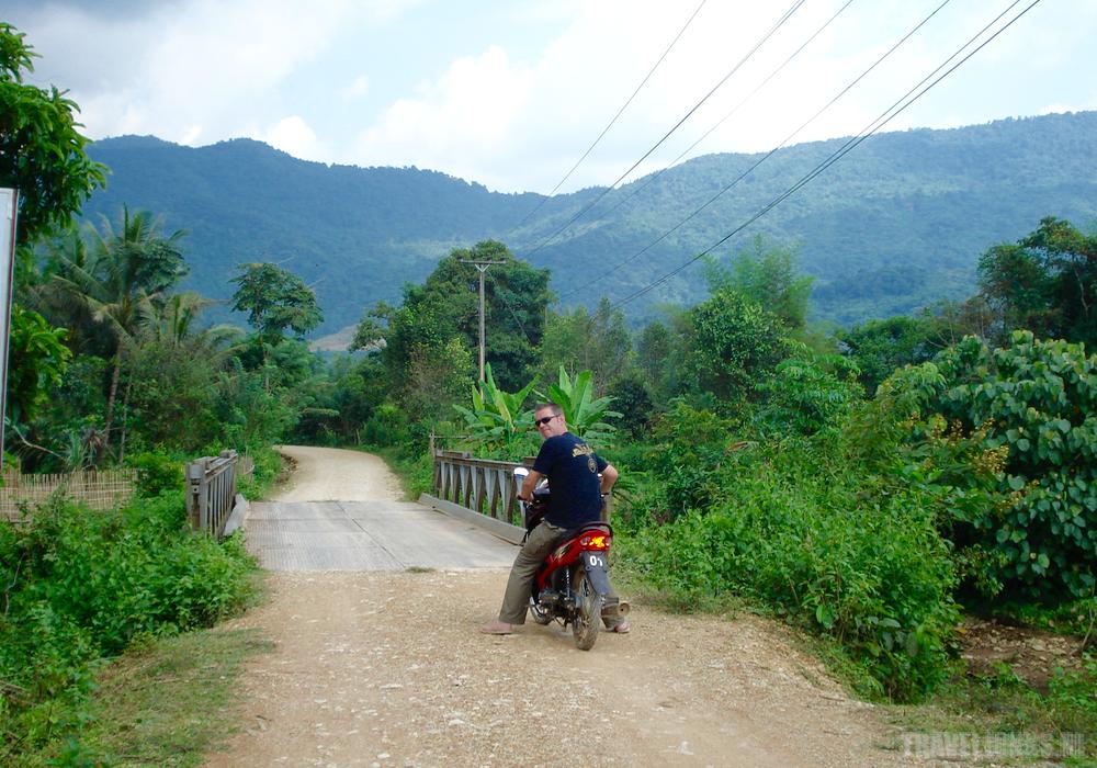 laos moto rit