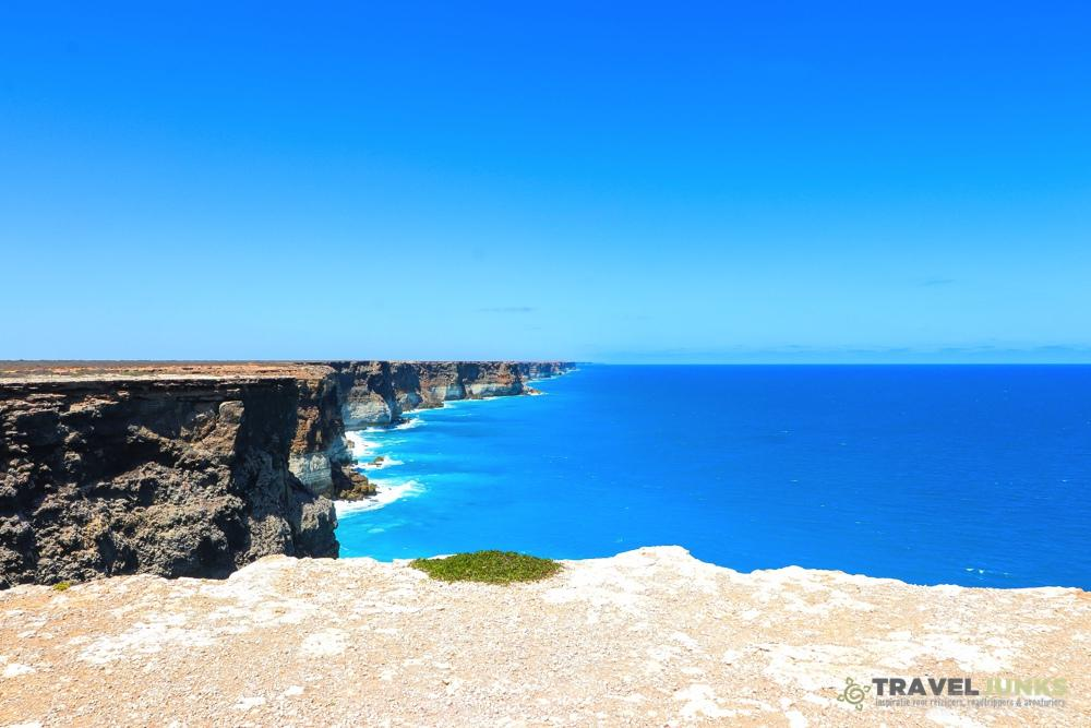 Cliffs Nullarbor Plain